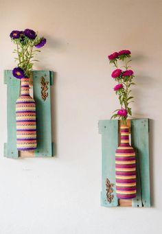 Wall-Mounted bottle vases bottle crafts, bottle art, decorating your home, diy Home Crafts, Diy And Crafts, Arts And Crafts, Bottle Art, Bottle Crafts, Decorating Your Home, Diy Home Decor, Do It Yourself Design, Craft Projects