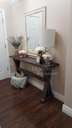 mesa de entrada de casa de campo rústica por ModernRefinement