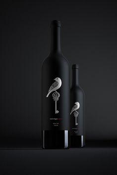 Cotinga Nest Wine on Behance #taninotanino