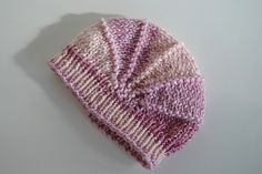 A poppy hat for a little girl named Bella