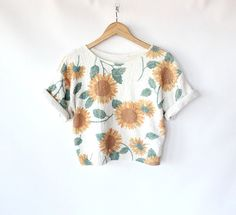 Vintage 80s Sunflower Print Knit Cropped Top // Short Sleeve Spring Floral Sweater. $32,00, via Etsy.