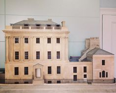 Small scale doll house size model of No. 1 Royal Crescent, Bath