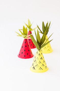 pineapple-hats-DIY.jpg 600×900 pixels