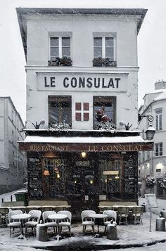 Revisit Paris and find this place. I think it's in Montmartre.