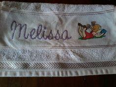 """toalha bordada """"MELISSA"""""""