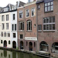 #Oudegracht en De witte ballons. #Utrecht