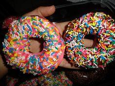 http://www.tudogostoso.com.br/receita/116415-donuts-americanos.html