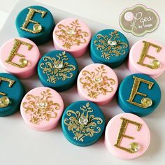 Beautiful #damask & #monogram #oreos with edible #diamonds for a special…