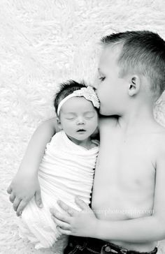 JANE Edit bw 2 BABY A DAYS NEW}…St George, Utah Newborn Baby Photography Studio naissance part naissance bebe faire part felicitation baby boy clothes girl tips Newborn Family Pictures, Newborn Baby Photos, Baby Girl Photos, Baby Girl Newborn, Sibling Photos, Family Photos, Newborn Session, New Baby Photos, Newborn Photography Poses