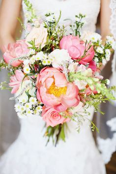 Photography: Kay English - www.kayenglishphotography.com  Read More: http://www.stylemepretty.com/little-black-book-blog/2014/08/27/pink-peony-wedding-at-the-rockleigh/