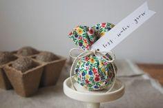 DIY wedding favor-- seed bombs