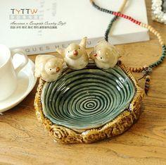 ücretsiz kargo. tek parça, sevimli kuş suda oynarken üç renk fırın seramik küllük dekorasyon/iki seçim için stil(China (Mainland))