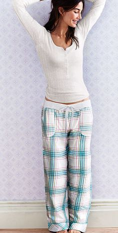 dreamer henley pajamas http://rstyle.me/n/ucyh2pdpe