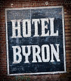 Hotel Byron, Los Angeles by Shakes The Clown, via Flickr