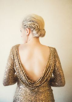 Gold Wedding, Ted, Backless, Photo And Video, Wedding Dresses, Photography, Instagram, Fashion, Bridal Dresses