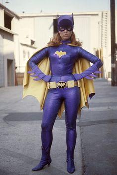 Batgirl (Yvonne Craig) in Batman Batgirl Cosplay, Cosplay Dc, Batman And Batgirl, Batman 1966, Im Batman, Batman Robin, Superman, Batgirl Costume, Gotham Batman