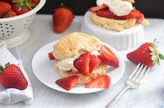 22 Crowd-Pleasing BBQ Desserts Bbq Desserts, Dessert Recipes, Summer Desserts, Fruit Recipes, Bisquick Strawberry Shortcake, Bisquick Shortcake Recipe, Shortcake Biscuits, Strawberry Preserves, Whipped Cream Ingredients
