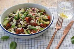 healthy food list for kids diet free recipes Healthy Prawn Recipes, Healthy Food List, Easy Healthy Dinners, Salad Recipes, Feta, Brunch, Dinner Recipes For Kids, Convenience Food, Clean Recipes