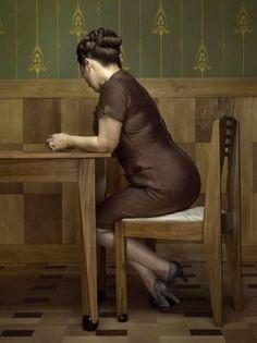 Erwin Olaf, The Keyhole, 2012 (©Erwin Olaf).