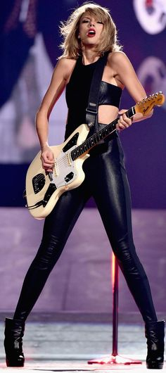 1989 tour sexy outfit from Nashville show.