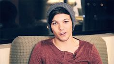 Louis tomlinson One Direction Gifs. Louis tomlinson One Direction Graphics. One Direction Louis tomlinson Gif Animations. Louis tomlinson One Direction Images and Pictures. Louis Tomlinson Tumblr, Louis Tomlinson Imagines, One Direction Pictures, I Love One Direction, 3 Gif, Tumblr Image, Louis Williams, 1d And 5sos, Larry Stylinson