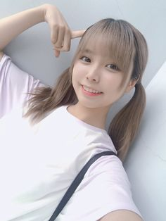 Cute Asian Girls, Cute Girls, Girl With Pigtails, Ulzzang Hair, Cute Kawaii Girl, School Girl Japan, Uzzlang Girl, Beautiful Little Girls, Poses For Photos