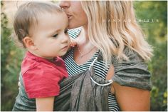 Gorgeous photos of #soulslings by #AnnaDanielsPhotography! Head over to her blog to see her full #soulslingreview and more photos! #babywearing #ringsling #ringslingreview #babywearingreview #ringslinglove #babywearinglove Click here: http://www.fortheloveofmommyhood.com/blog/2015/8/4/soul-slings