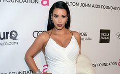 Kim Kardashian Clears Up Wedding Rumors in 7 Tweets (Making Us More Curious Than Ever)