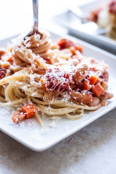 Spaghetti with Cannellini Bean Bolognese | bloggingoverthyme.com