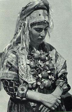 Traditional Ancient Hebrew Bridal Costume