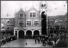 Chiswick fire station opens 1891. The fire station opened in 1891, but the shops either side had been there for fifty years or more. Shop assistants and apprentices lived with the family above the shop. The baker, tailor, saddler, hairdresser and builder might also be volunteer firemen, as there was only one paid officer.