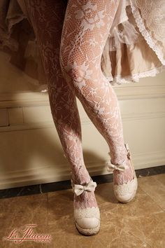 White lace tights