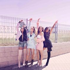 Uploaded by Find images and videos about little mix, perrie edwards and jesy nelson on We Heart It - the app to get lost in what you love. Little Mix Girls, Little Mix Outfits, Little Mix Style, Little Mix Fashion, Jesy Nelson, Perrie Edwards, Musica Little Mix, Meninas Do Little Mix, Little Mix Glory Days