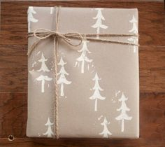 ✂ That's a Wrap ✂  diy ideas for gift packaging and wrapped presents - christmas trees