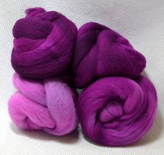 NEW Hand Dyed Gradient Fiber Set - American Targhee Combed Top in Violent Violet Semi Solid 2 ounces - Play With Your Fiber! by yarnhollow on Etsy