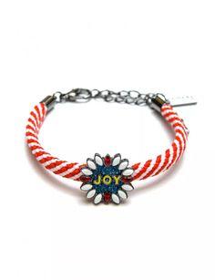 Joy Bracelet - Accessories Trendy Online Clothing Stores, Jewelry Bracelets, Jewelry Accessories, Ear, Fingers, Fabric, Clothes, Design, Tejido
