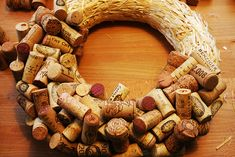DIY: cork wreath