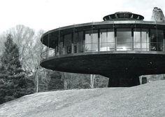 Richard Foster House - 1968 Wilton, Ct., USA House rotates 360 deg ...