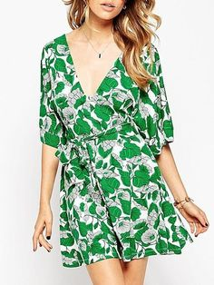 Leaves Printed Remarkable V Neck Skater Dress #ClothingOnline #PlusSizeWomensClothing #CheapClothing #FashionClothing #womenswear #sexydress #womensdress #womenfashioncasual #womensfashionforwork  #fashion #womensfashionwinter