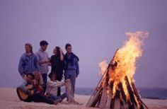 10 Super Fun Things to Do After Your Prom: Party on the Beach