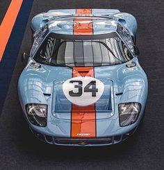 Instagram Ford Gt40, Classic Race Cars, Ford Classic Cars, Henry Ford, Lamborghini Gallardo, Audi Tt, Ford Gt Gulf, Ford Gt Le Mans, Peugeot