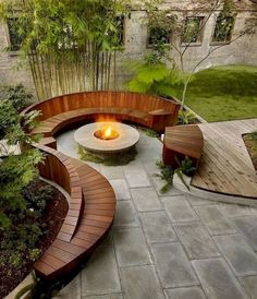 34 Admirable Modern Backyard Design Ideas You Will Love - A Backyard In The House Is An Extension Of The House. Taking a gander At The Backyard, Anyone Can Tell About The Kind Of People Staying The House. Outside Fire Pits, Cool Fire Pits, Diy Fire Pit, Fire Pit Backyard, Fire Pit Near Pool, Back Yard Fire Pit, Small Garden Fire Pit, Backyard Games, Backyard Patio Designs