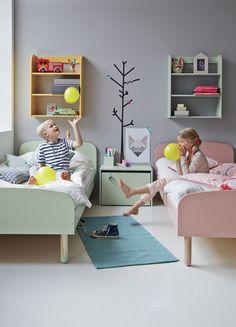 It's between borther and sister #FLEXA #kids #europeen #green #pink #yellow #fun #decorations #room #Play
