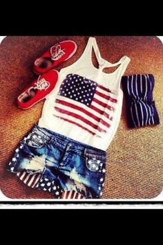 It's a party in the USA...want this whole outfit for 4th of July