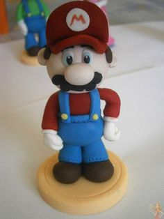 Make me a cake: Super Mario Bros tutorial