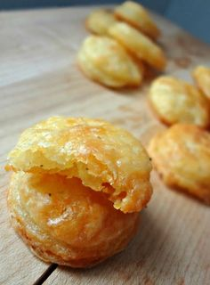 Homemade Cheddar Cheese Crackers (Cheez-Its) - As easy to make as they are to eat   The Cooking Actress