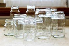 Come trasformare vasetti e bottiglie di vetro in bellissime idee natalizie