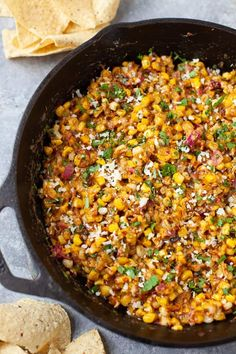 The best Mexican street corn dip! Super light and refreshing for the summer with all your beloved street corn flavors. Perfect for your next summer cookout! Mexican Appetizers, Appetizer Recipes, Mexican Food Recipes, Cookout Appetizers, Delicious Appetizers, Appetizer Dips, Dip Recipes, Delicious Recipes, Salad Recipes