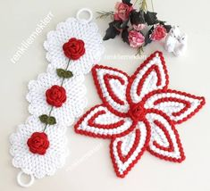 Tapete Floral, Teapot Cover, Yarn Shop, Easy Crochet Patterns, New Hobbies, Vintage Patterns, Crochet Earrings, Colours, Christmas Ornaments