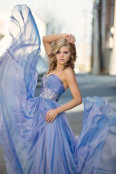 I love the idea of using the prom dress in senior photos!